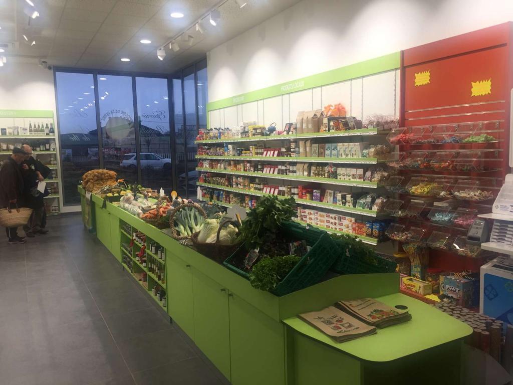intérieur épicerie verte